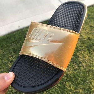 NIKE BENASSI GOLD Women's Slides Sabdals size 6